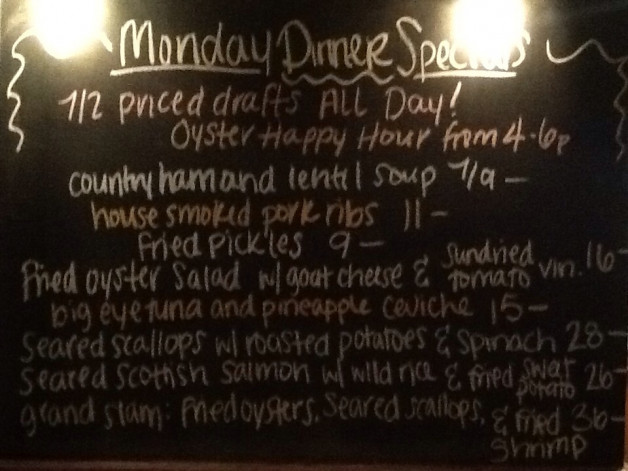 Monday Dinner Specials include Tuna, Scallops, and Salmon